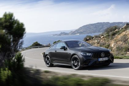 2020 Mercedes-AMG E 53 4Matic+ coupé 7