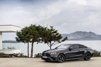 2020 Mercedes-AMG E 53 4Matic+ coupé 13