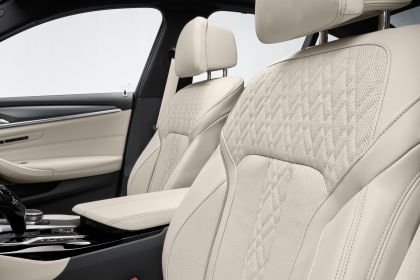 2021 BMW 530e ( G30 ) xDrive 39
