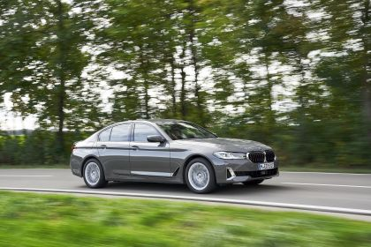 2021 BMW 530e ( G30 ) xDrive 75