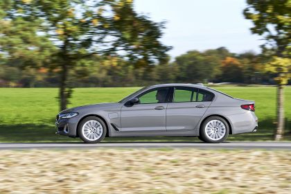 2021 BMW 530e ( G30 ) xDrive 77