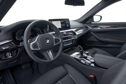 2021 BMW 530e ( G30 ) xDrive 91