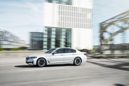 2021 BMW 540i ( G30 ) 4