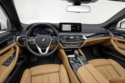2021 BMW 540i ( G30 ) 27