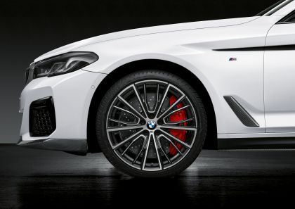 2021 BMW 540i ( G30 ) with M Performance parts 8