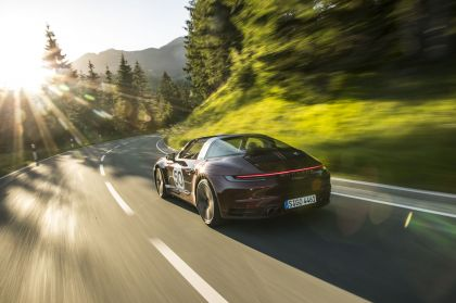 2020 Porsche 911 ( 992 ) Targa 4S Heritage Design Edition  29