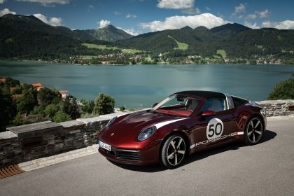 2020 Porsche 911 ( 992 ) Targa 4S Heritage Design Edition  36