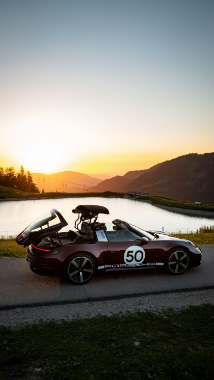 2020 Porsche 911 ( 992 ) Targa 4S Heritage Design Edition  78