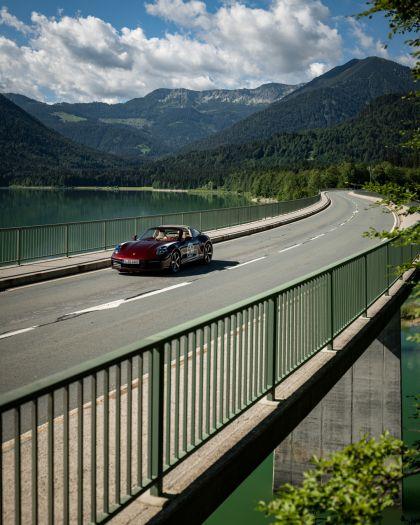 2020 Porsche 911 ( 992 ) Targa 4S Heritage Design Edition  81