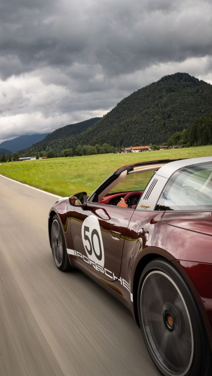 2020 Porsche 911 ( 992 ) Targa 4S Heritage Design Edition  88