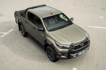 2020 Toyota Hilux 111