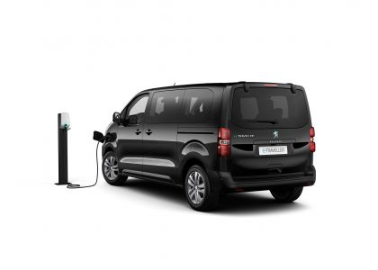 2020 Peugeot e-Traveller 3