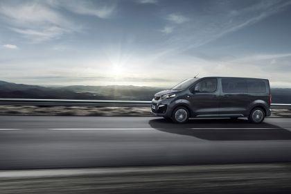 2020 Peugeot e-Traveller 8