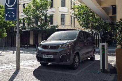 2020 Peugeot e-Traveller 10