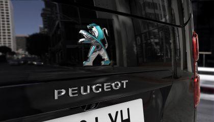 2020 Peugeot e-Traveller 16