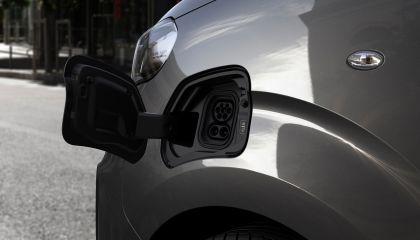 2020 Peugeot e-Traveller 22