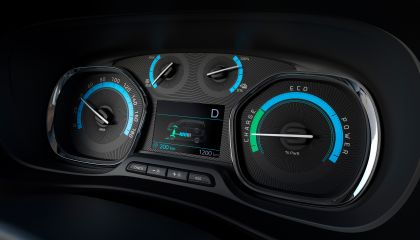 2020 Peugeot e-Traveller 25