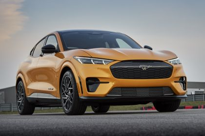 2021 Ford Mustang Mach-E GT 13