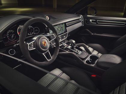 2020 Porsche Cayenne GTS 9