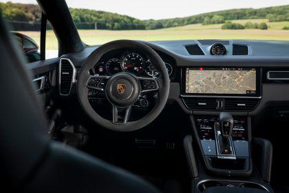 2020 Porsche Cayenne GTS 69
