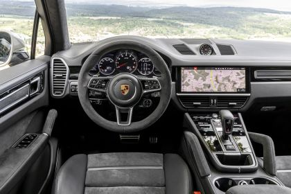 2020 Porsche Cayenne GTS 173