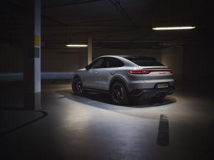 2020 Porsche Cayenne GTS coupé 3