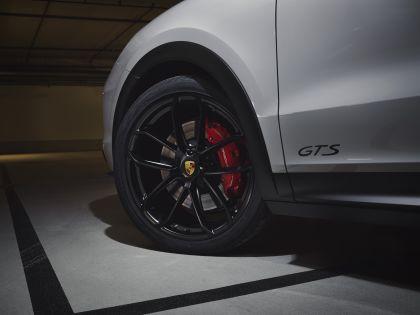 2020 Porsche Cayenne GTS coupé 8