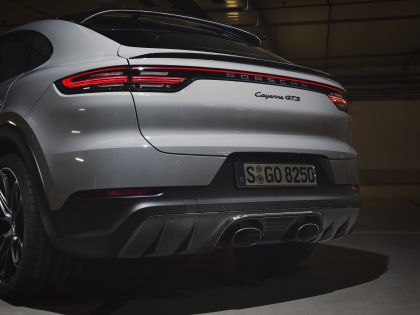 2020 Porsche Cayenne GTS coupé 9