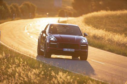 2020 Porsche Cayenne GTS coupé 10