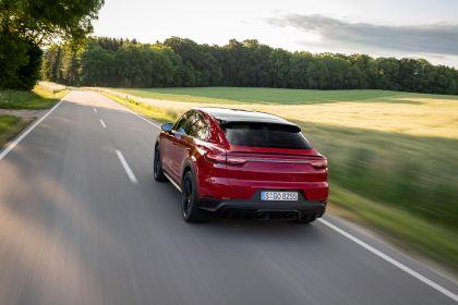 2020 Porsche Cayenne GTS coupé 15