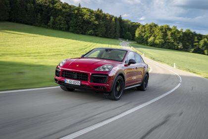 2020 Porsche Cayenne GTS coupé 16