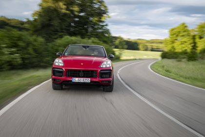 2020 Porsche Cayenne GTS coupé 17