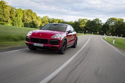 2020 Porsche Cayenne GTS coupé 21