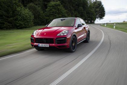 2020 Porsche Cayenne GTS coupé 23