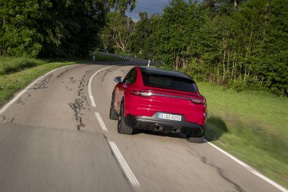 2020 Porsche Cayenne GTS coupé 24