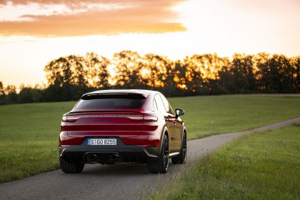 2020 Porsche Cayenne GTS coupé 41