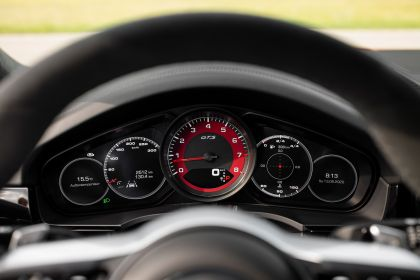 2020 Porsche Cayenne GTS coupé 58