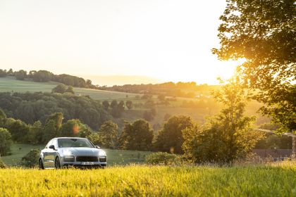 2020 Porsche Cayenne GTS coupé 87