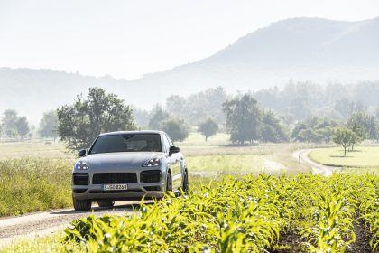 2020 Porsche Cayenne GTS coupé 89