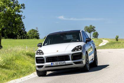 2020 Porsche Cayenne GTS coupé 90