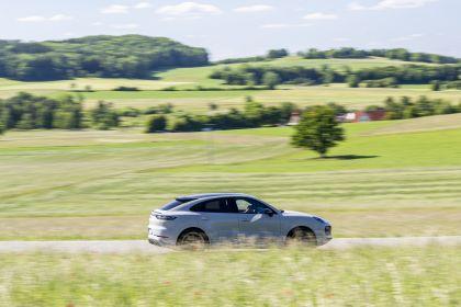 2020 Porsche Cayenne GTS coupé 100