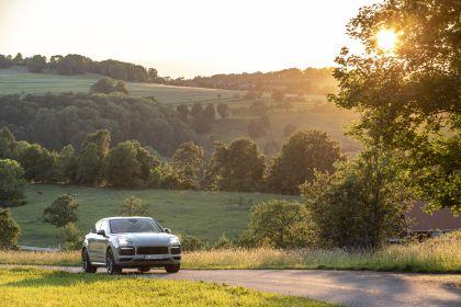 2020 Porsche Cayenne GTS coupé 104