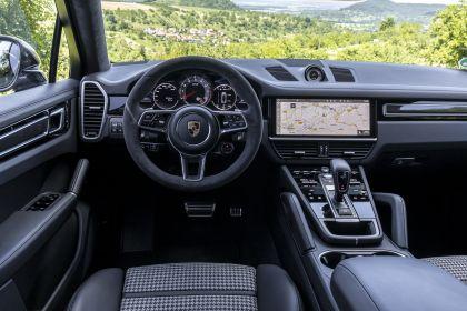 2020 Porsche Cayenne GTS coupé 125