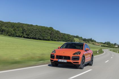 2020 Porsche Cayenne GTS coupé 158