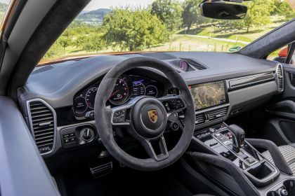 2020 Porsche Cayenne GTS coupé 188