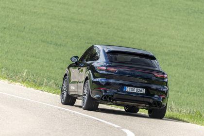 2020 Porsche Cayenne GTS coupé 211