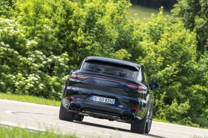 2020 Porsche Cayenne GTS coupé 213