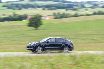 2020 Porsche Cayenne GTS coupé 222