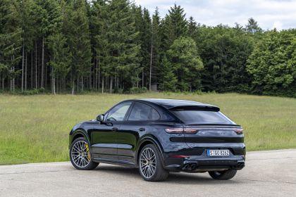 2020 Porsche Cayenne GTS coupé 227