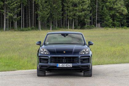 2020 Porsche Cayenne GTS coupé 230